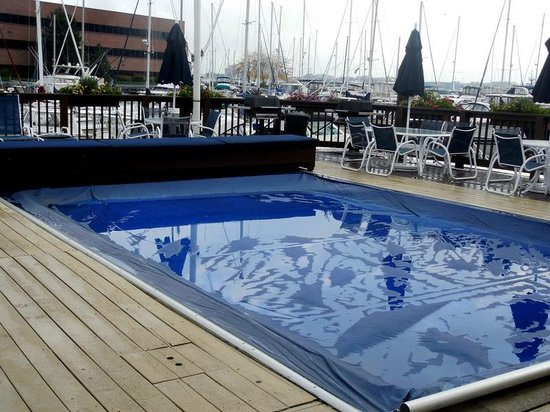 Constitution Marina's Bed & Breakfast Afloat: Community pool