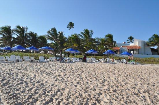 Village Porto de Galinhas: Vista da praia para resort