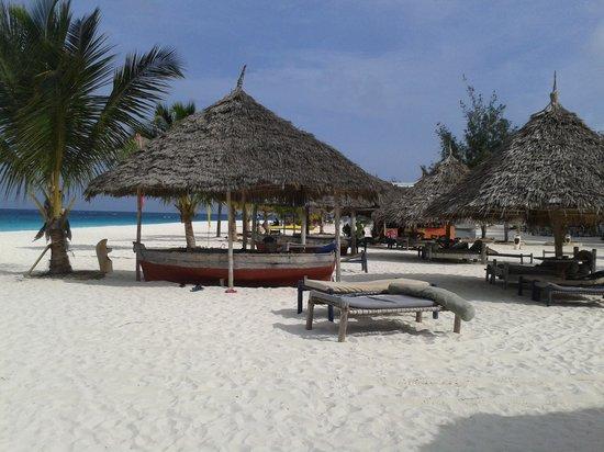 Kendwa Rocks Beach Hotel : spiaggia Kendwa Rocks