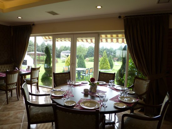 Erkanli country resort silivri turkiet omd men och - Restaurant jardin d acclimatation neuilly ...