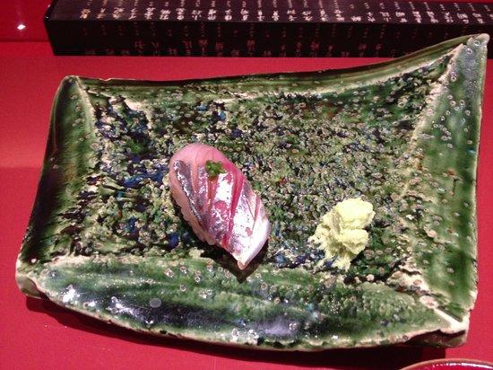 """Seamon: sushi de """"maquereau"""" mon préféré"""