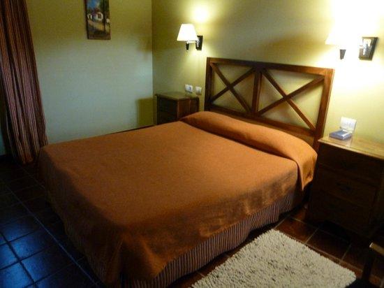 Hotel Rural Fonda de la Tea: Zimmer