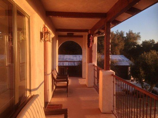 The Inn at Croad Vineyards: balcony