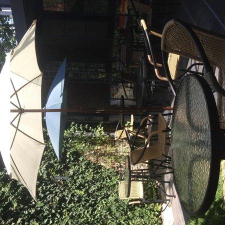 Posada Le Vrero : Jardim