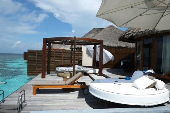 W Retreat & Spa Maldives: Ocean Oasis Sundeck