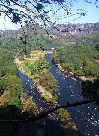 El Divisadero: vista del río pescados