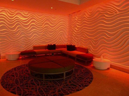Sonesta Fort Lauderdale Beach: Lobby