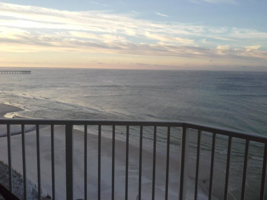 Tidewater Beach Resort: bedroom