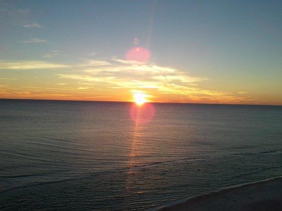 Tidewater Beach Resort: beach