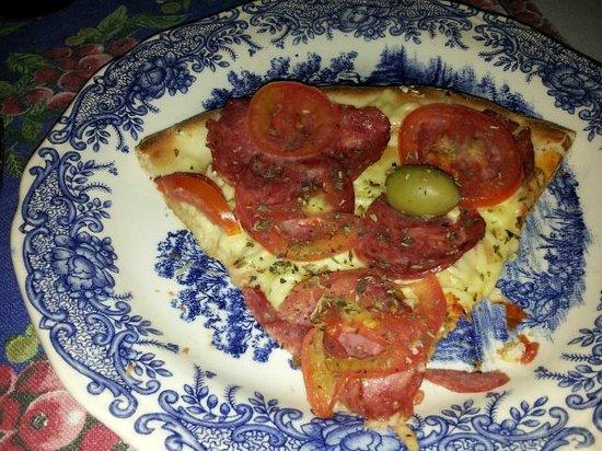 Vo Bertila Pizza & Pasta: Pizza Vó Bertila ( tomates naturales con Queso colonial)