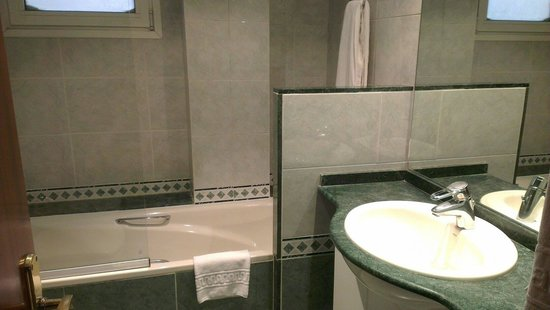 Aparthotel Napols : bagno vasca
