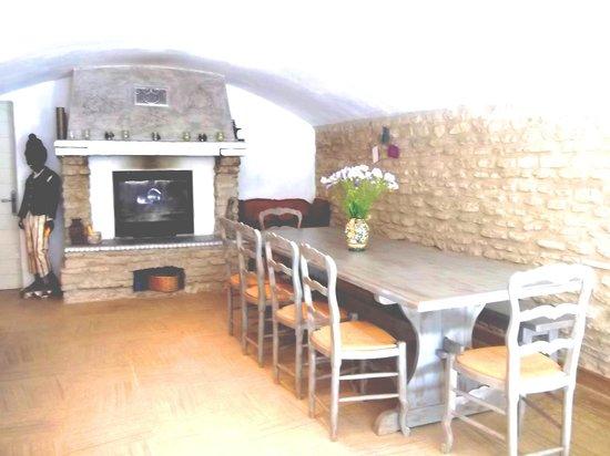 La Bastide du Vallon: La salle à manger