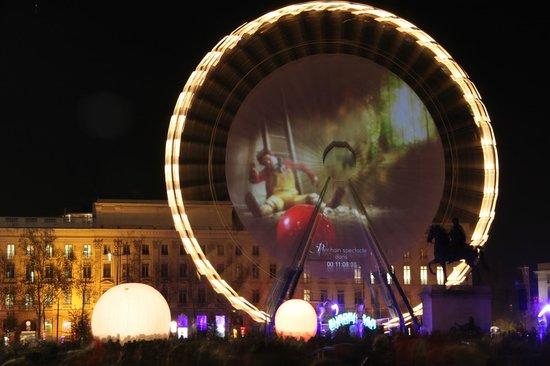 Appart'City Lyon Part-Dieu Garibaldi: Piazza Bellecour allestita a festa per l'occasione
