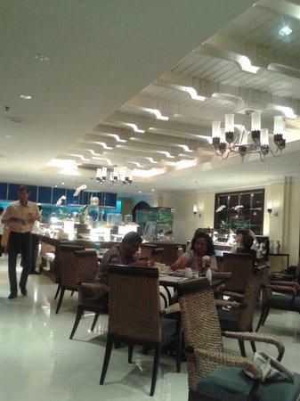 The Sukosol : sala colazione