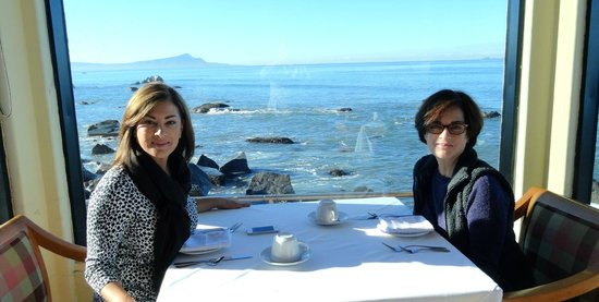 Punta Morro Hotel : Sisters making memories while in Ensenada - amazing Sunday Brunch too.