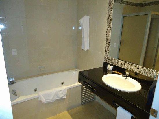 Hotel Italiano: Baño
