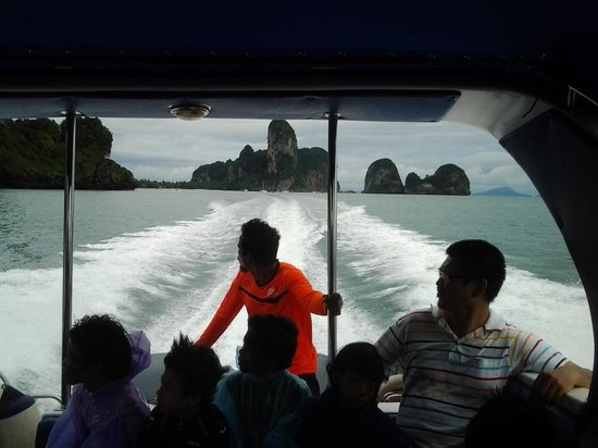 Phi Phi Islands : Apt view