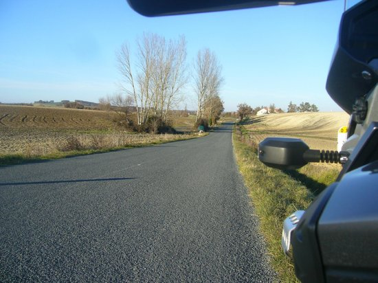 Hedonist Motorcycle Private Day Tours: campagne au repos