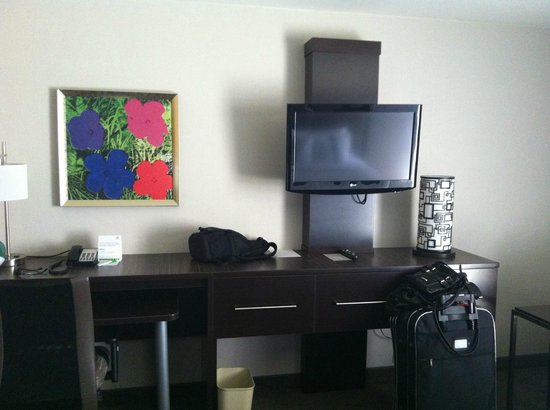 Holiday Inn Downtown Superdome: room