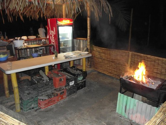 Hotel Luz De Vida: CHEF'S KITCHEN