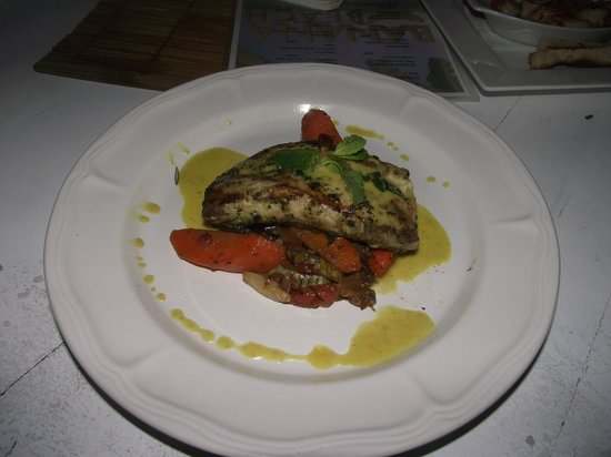 Hotel Luz De Vida: MAHI MAHI WITH CURRY SAUCE