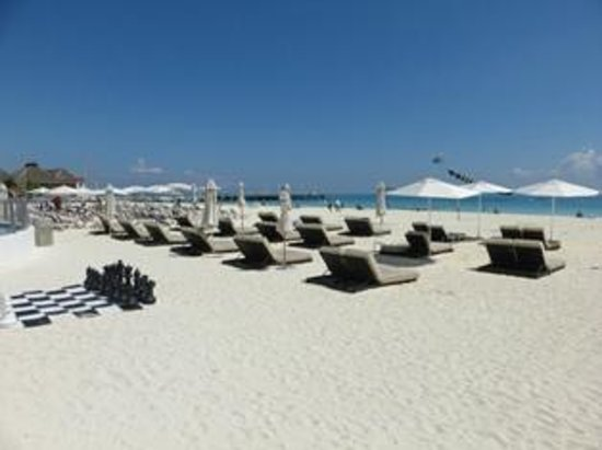 Playacar Palace: Beach
