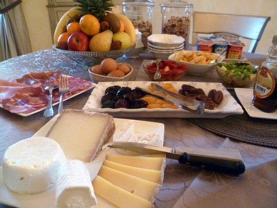 Le Jas Fontaine : Un petit déjeuner Dantesque !!