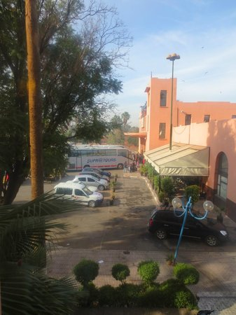 Ibis Marrakech Centre Gare : View, Supra Tours Bus Station