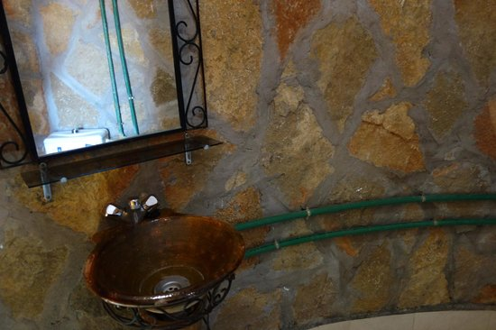 Hotel Restaurant La Kasbah: Bathroom