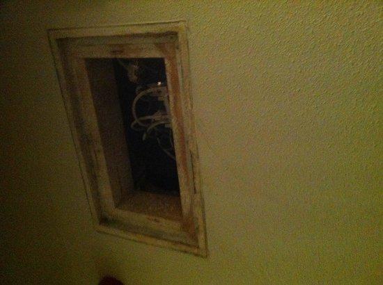 Hotel Piet Hein: Ceci mériterait d'être caché, non?