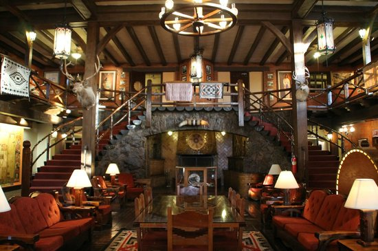 El Rancho Hotel Restaurant: le hall