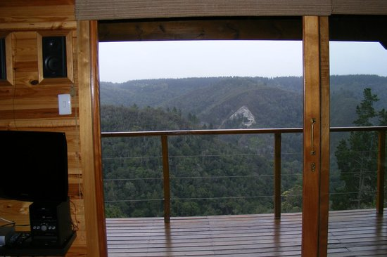 Cliffhanger Cottages : View from Cliffedge