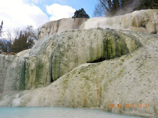 Fosso Bianco - Bagni San Filippo: depositi di calcare