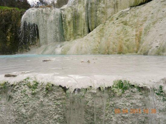 Fosso Bianco - Bagni San Filippo: piccola vasca