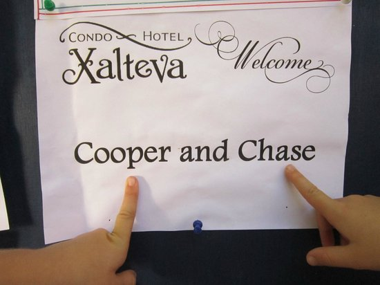 Hotel Xalteva: The kids were thrilled they were on the board