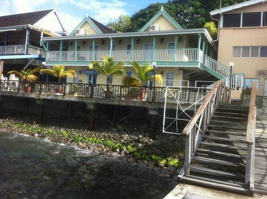 Fort Young Hotel: Vista desde el muelle