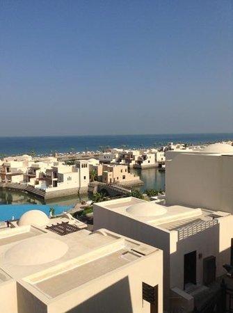 Cove Rotana Resort Ras Al Khaimah: а вообще красиво...