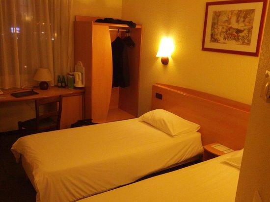 Campanile Varsovie : Room