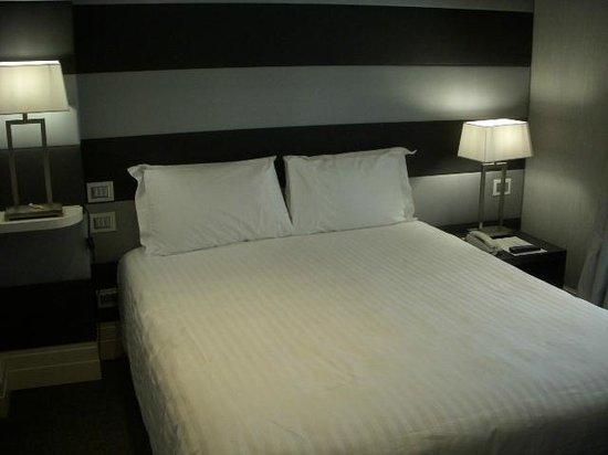 Hotel Mancino 12: Bed