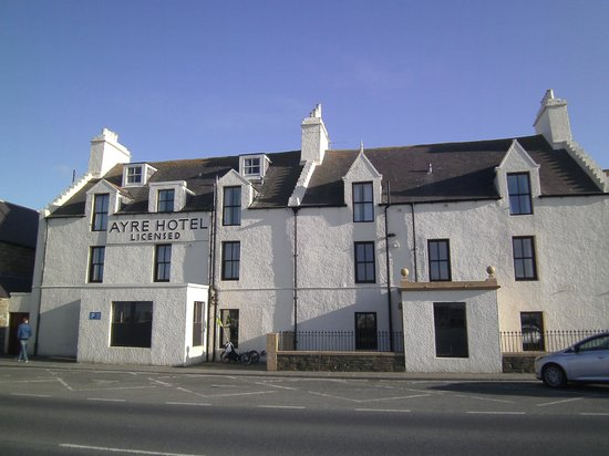 The Ayre Hotel: Used to be the front entrance, now the back, this faces the harbour.