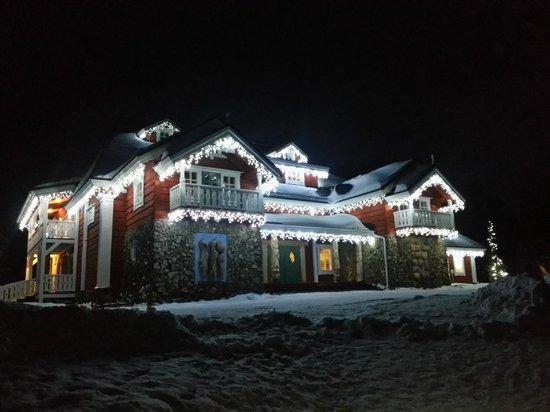 Kakslauttanen Arctic Resort: La salle de reception du père Noel