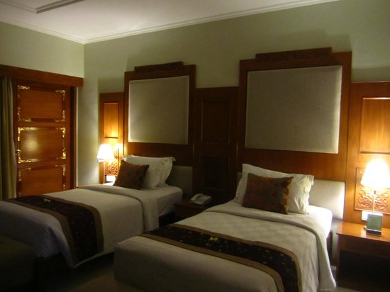 Rama Beach Resort and Villas: Room