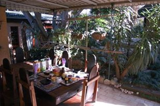 Breena BnB Guest House: Full Breakfasts to overwhelm the expectation and totally satisfy the desire of hunger