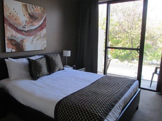 RNR Serviced Apartments Adelaide: Guest Room