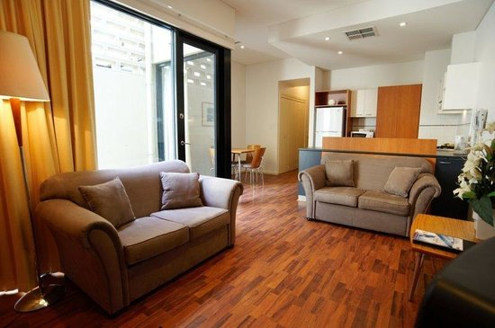 RNR Serviced Apartments Adelaide: Living Area