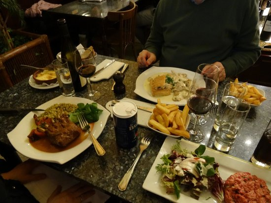 La Roue d'Or: Excellent food and lots of choices