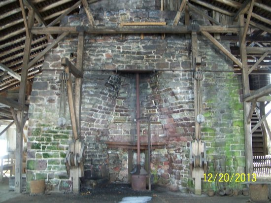 Hopewell Furnace National Historic Site : The furnace inside a huge barn type building.