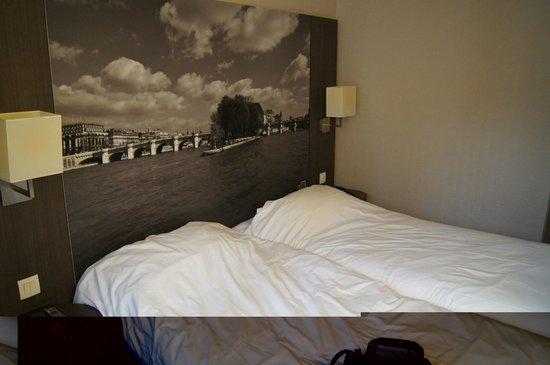 Victoria Hotel : Pokój dwuosobowy  02.02.2013