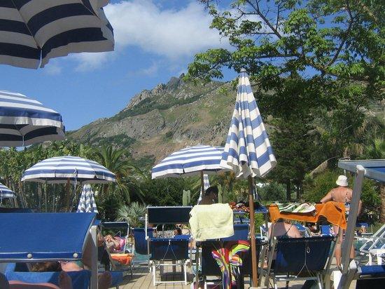 Park Hotel Terme Mediterraneo: зона отдыха