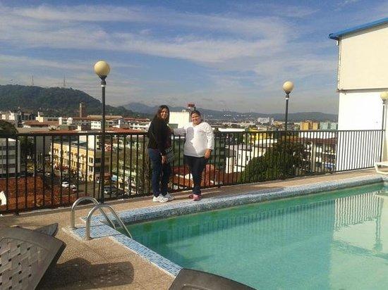 Hotel Costa Inn : Area de piscina